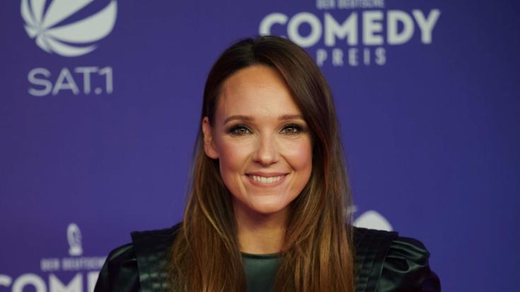 Die Komikerin Carolin Kebekus bei der Verleihung des Deutschen Comedypreises 2020. (Foto)