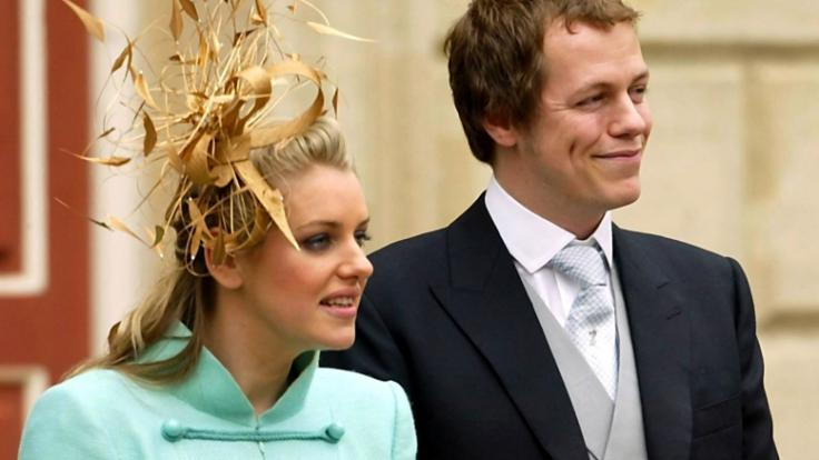 Laura Lopes und Tom Parker Bowles sind strenggenommen die Stiefgeschwister von Prinz Harry und Prinz William. (Foto)
