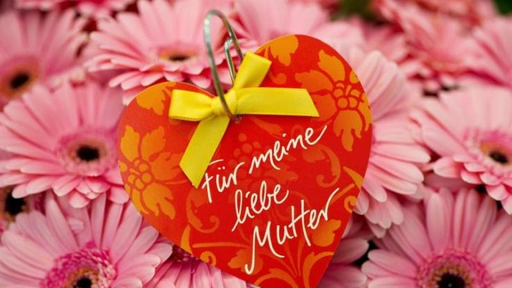 Ein duftender Blumenstrauß gehört zu den Klassikern unter den Muttertagsgeschenken. (Foto)