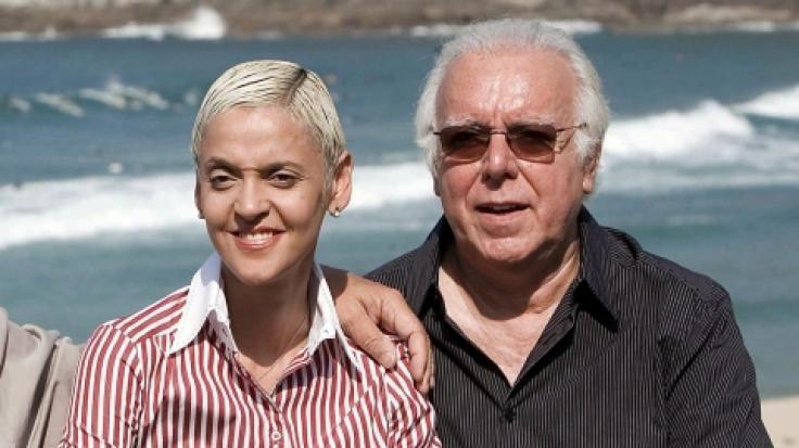 Der portugiesische Sänger Carlos do Carmo, hier mit seiner Musikerkollegin Mariza, ist im Alter von 81 Jahren gestorben. (Foto)