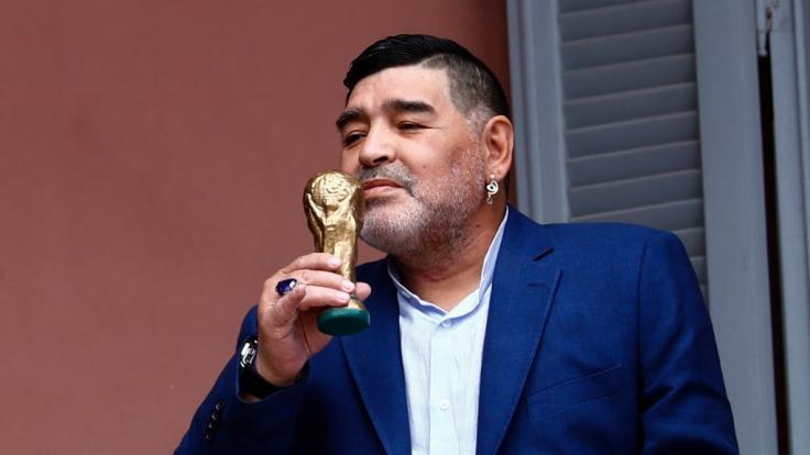 Der Tod von Diego Maradona sorgt weiterhin für Schlagzeilen. (Foto)