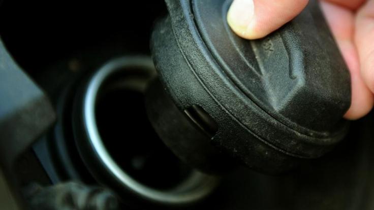 Benzin, das länger im Tank bleibt, verliert an Zündfähigkeit.