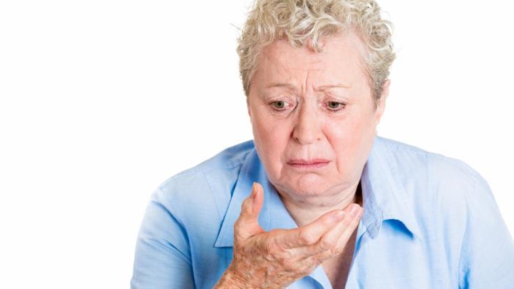 Zehn Jahre lang musste sich eine Seniorin aus England täglich übergeben - doch kein Arzt fand die Ursache für das Dauer-Erbrechen (Symbolbild). (Foto)