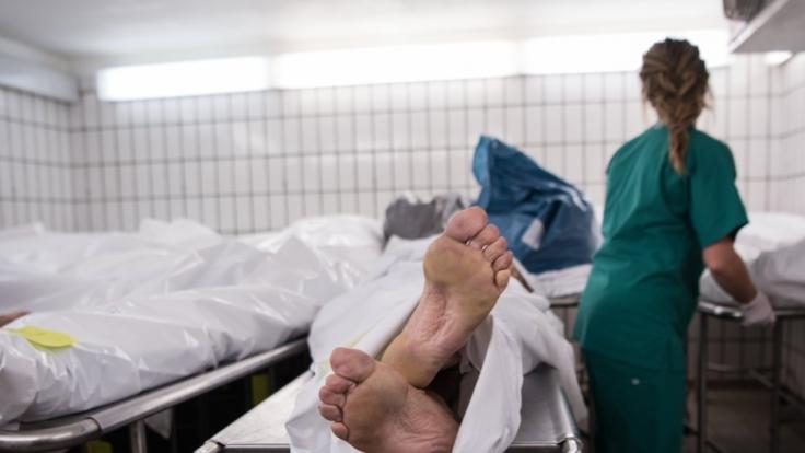Leiche für die Forschung wurden ohne Zustimmung der Hinterbliebenen gesprengt. (Symbolbild)