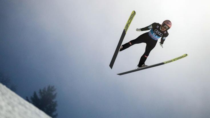 Die Vierschanzentournee 2018/19 beginnt in Oberstdorf, bevor das Skisprung-Event in Garmisch-Partenkirchen, Innsbruck und Bischofshofen komplettiert wird.