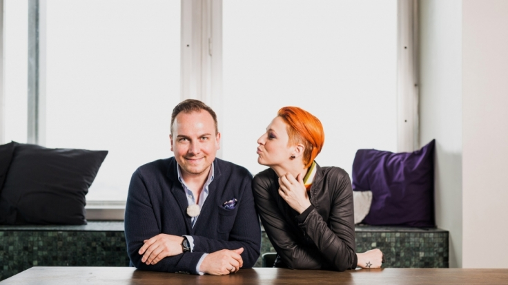 """Tim Raue und Meta Hiltebrand kochen bei """"Kitchen Impossible"""" um die Wette. (Foto)"""