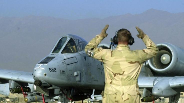 Eine AC-10 Thundebolt verlor über Florida drei Übungsbomben. Das Flugzeug gilt als stärkste Waffe im Kampf gegen Bodenziele.