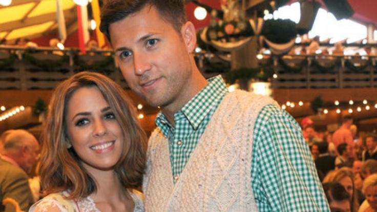 Vanessa Mai und ihr Mann Andreas Ferber auf dem Münchner Oktoberfest. (Foto)