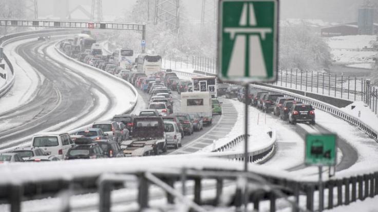Auf der A2 in Österreich kann es am Wochenende zu Behinderungen und Staus kommen.