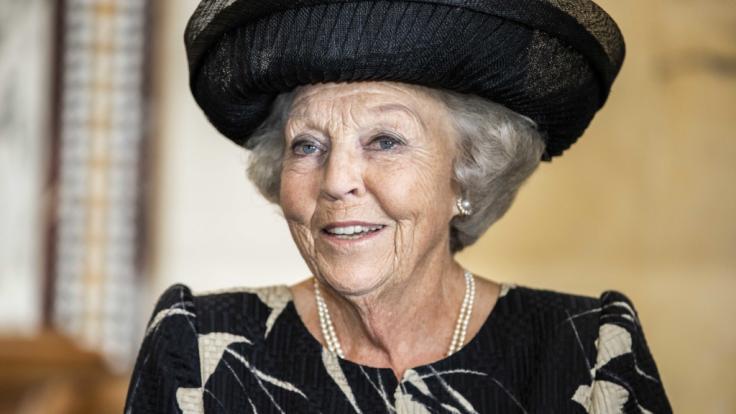 Die ehemalige Königin der Niederlande, Prinzessin Beatrix, musste aufgrund einer Jugendsünde schon ins Gefängnis - wenn auch nur für einen Augenblick. (Foto)