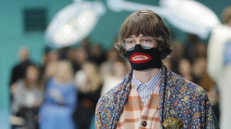 Für diese kontroverse Kreation kassiert das Luxus-Label Gucci einen heftigen Shitstorm. (Foto)