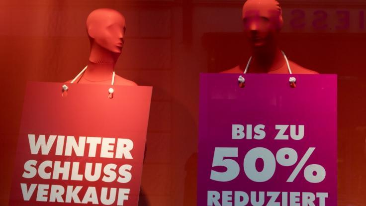 winterschlussverkauf 2019 heute schn ppchen alarm in deutschland hier locken bis zu 70. Black Bedroom Furniture Sets. Home Design Ideas
