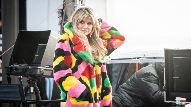 """Heidi Klum während der Dreharbeiten für eine neue Staffel """"Germany's next Topmodel"""". (Foto)"""