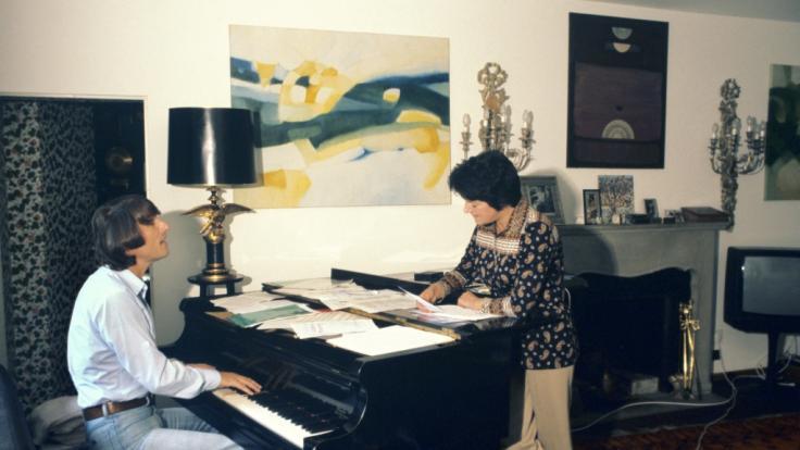 Eine alte Aufnahme zeigt Irma Holder zusammen mit Udo Jürgens.
