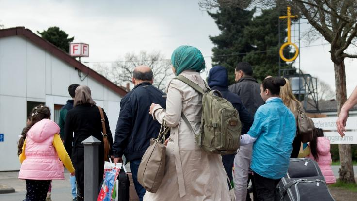 Deutsche Behörden haben im vergangenen Jahr nach vorläufigen Zahlen 437 Flüchtlinge bei der Rückkehr nach Syrien finanziell unterstützt. (Foto)