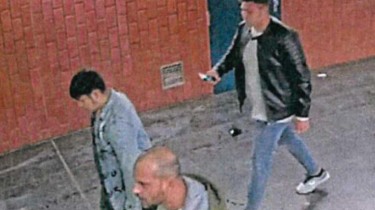Die Dortmunder Polizei sucht nach diesen drei Männern, die einen Stadtmitarbeiter am 22. September 2020 brutal zusammengeschlagen haben.