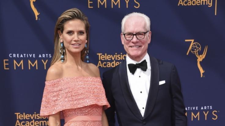 Heidi Klum und Modeberater Tim Gunn kommen zu den Creative Arts Emmy Awards im Microsoft Theater in Los Angeles. (Foto)