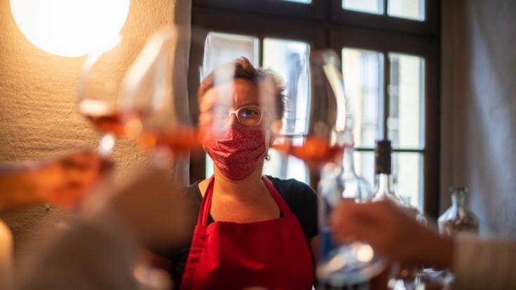 Restaurants, Cafes und Bars öffnen wieder.