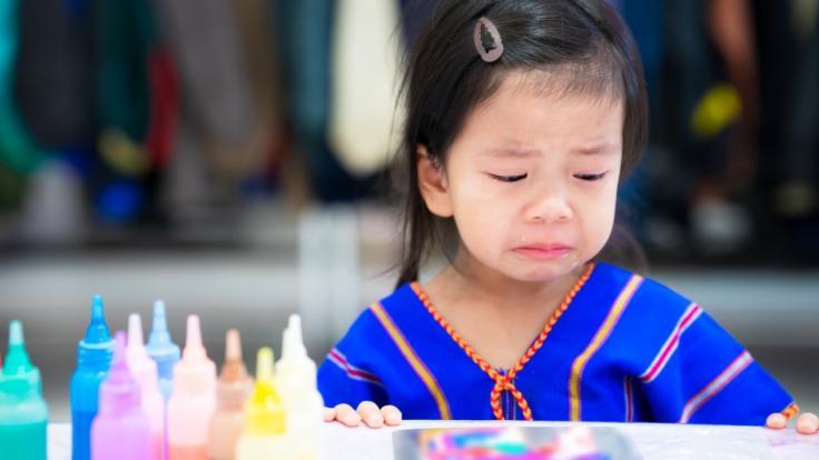 Ein kleines Mädchen aus Hongkong wurde von seinen eigenen Eltern zu Tode gequält - und überführte seine Peiniger mit einem schaurigen Beweis (Symbolbild). (Foto)