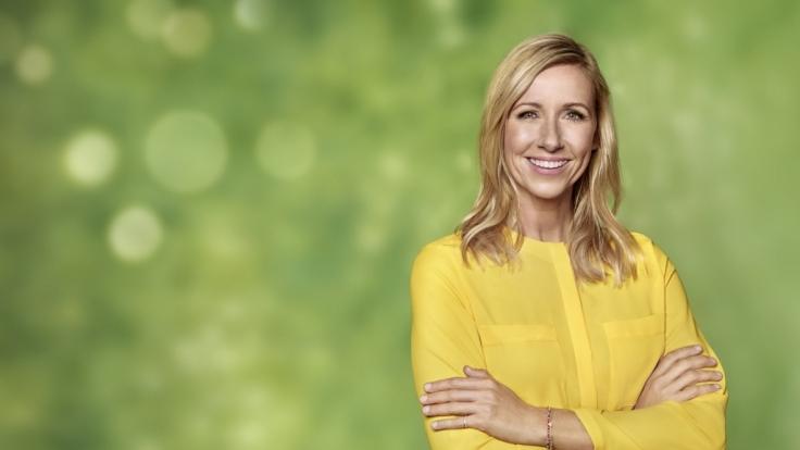"Andrea Kiewel moderiert den ""ZDF-Fernsehgarten"". (Foto)"