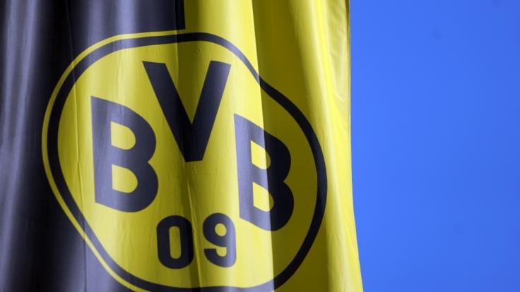 Borussia Dortmund unter Schock: Am Dienstagabend hatte es Explosionen am BVB-Mannschaftsbus gegeben.