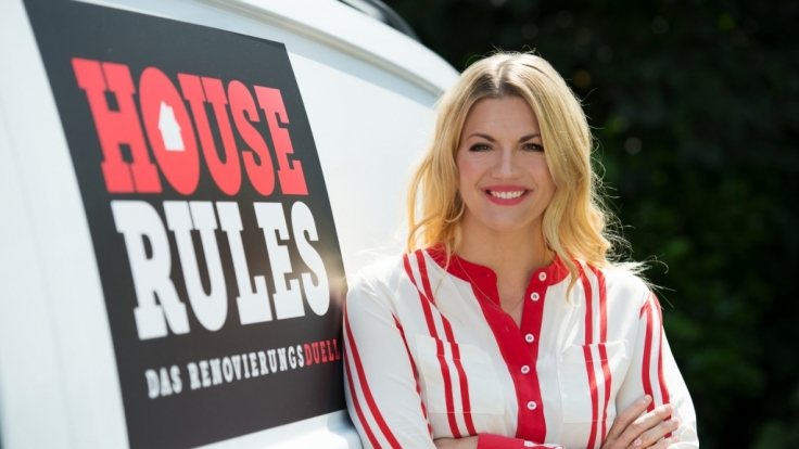 House Rules - Das Renovierungsduell wird von Nina Bott moderiert ... (Foto)