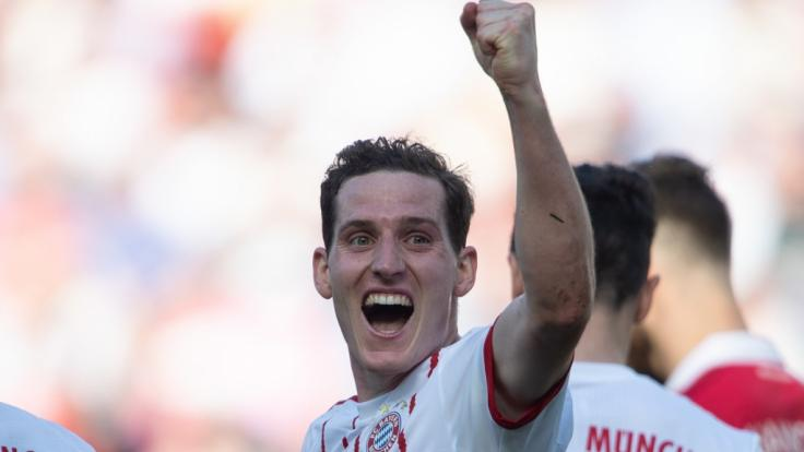 Bayern-Spieler Sebastian Rudy wechselt zu Schalke 04.