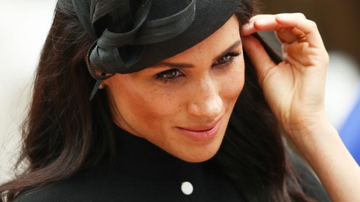 Meghan Markle muss sich als Herzogin von Sussex den Palastregeln fügen - dazu gehört auch ein Social-Media-Verbot.