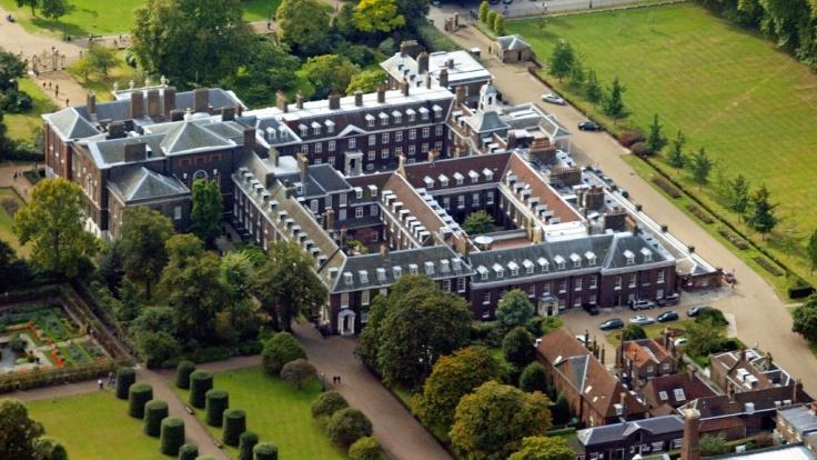 Der Kensington Palast in London. Hier werden Prinz Harry und Meghan Markle künftig neben Kate Middleton und Prinz William wohnen.