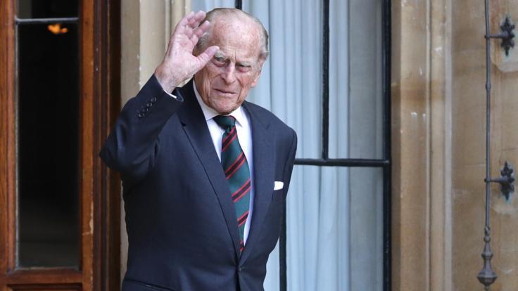 Prinz Philip (99) wird das Krankenbett noch einige Tage lang hüten müssen. (Foto)