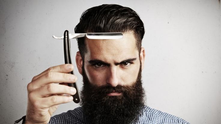 Männer mit Bart wollen aus der Masse hervorstechen.