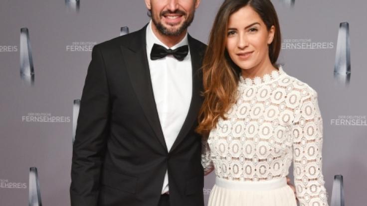 Tom Beck und seine Freundin Chryssanthi Kavazi am 13. Januar 2016 in Düsseldorf bei der Verleihung des Deutschen Fernsehpreises.