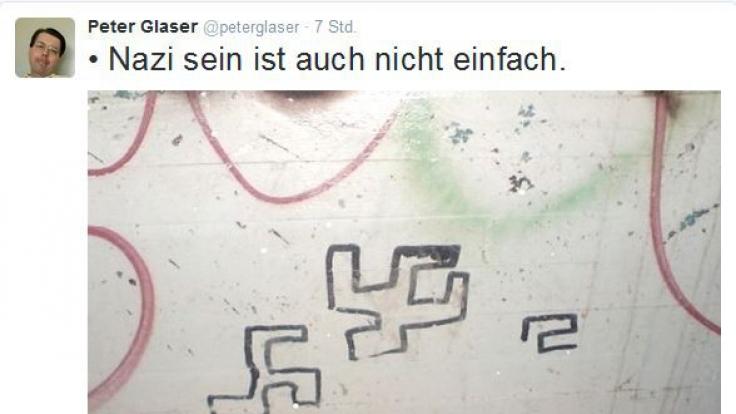 Als Neo-Nazi wird man stets vor Herausforderungen gestellt. Arm heben, Springerstiefel schnüren, Flüchtlingsheime anzünden. Auch das Malen des Hakenkreuzes kann schon mal zu Verwirrungen führen. (Foto)
