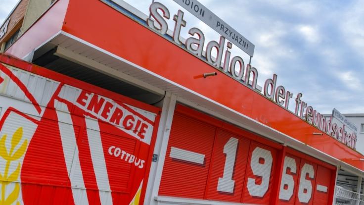 Im Stadion der Freundschaft ist die Mannschaft von Energie Cottbus zu Hause. (Symbolbild) (Foto)