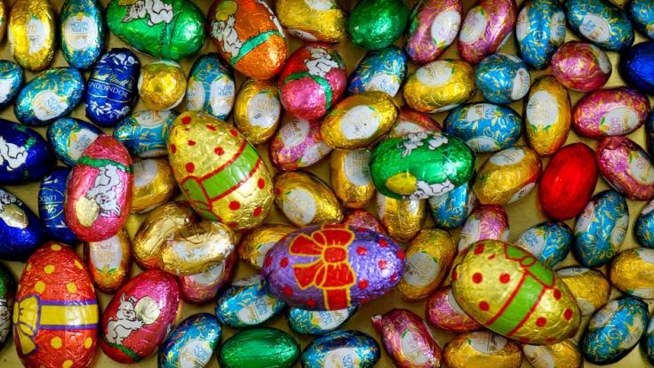 Deutsche geben Millionen für Ostersüßigkeiten aus.