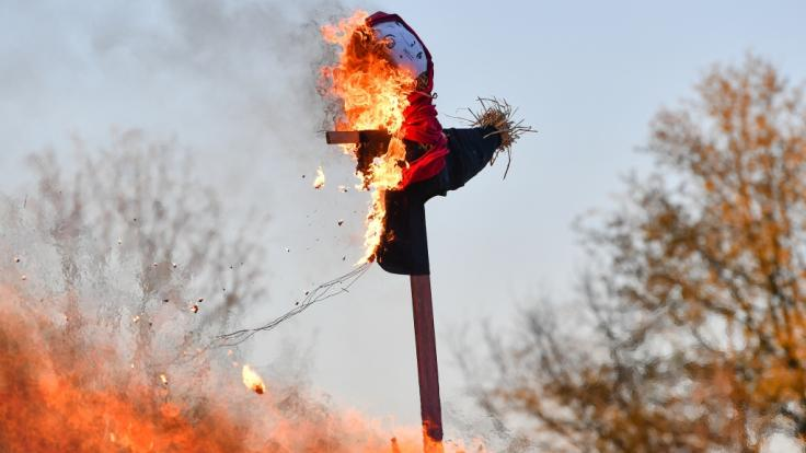 Das Maifeuer, auch Hexenfeuer genannt, wird in weiten Teilen Deutschlands gefeiert. (Foto)