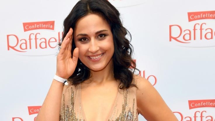Nina Moghaddam zeigte beim Comedy-Preis mehr als geplant.
