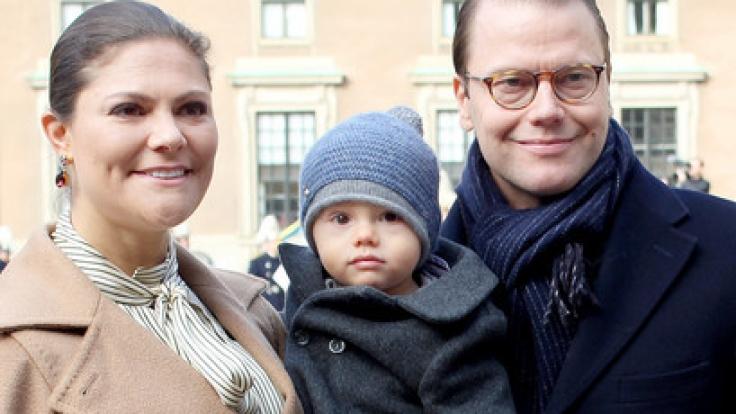 Glückliche Familie: Die schwedische Kronprinzessin Victoria mit ihrem Mann, Prinz Daniel und den Kindern Prinzessin Estelle und Prinz Oscar.