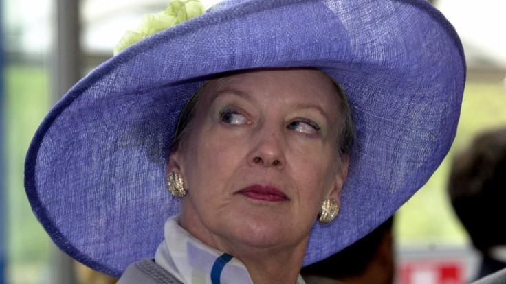 Königin Margrethe II. von Dänemark liebt auch mit knapp 80 Jahren den modisch vollendeten Auftritt.