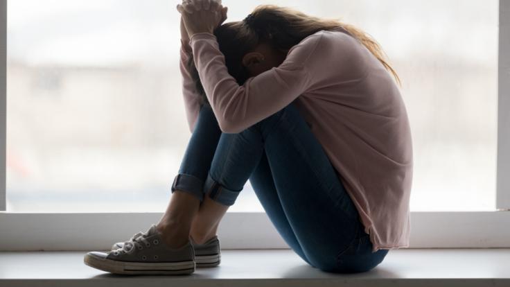 Angeblich aus Verzweiflung soll eine junge Frau aus den USA ihre beiden Kinder nach der Geburt getötet haben - jetzt wird ihr der Prozess gemacht (Symbolbild). (Foto)