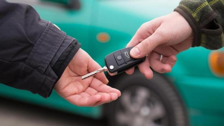 Zwischen dem Halter, dem Eigentümer und dem Fahrer eines Autos bestehen rechtliche Unterschiede.