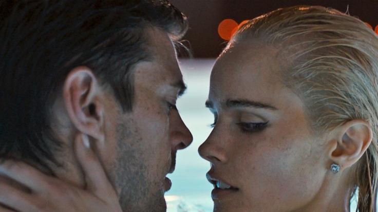 Auch Frauenheld Vincent (Karl Urban) nutzt das Loft für seine Sex-Abenteuer.