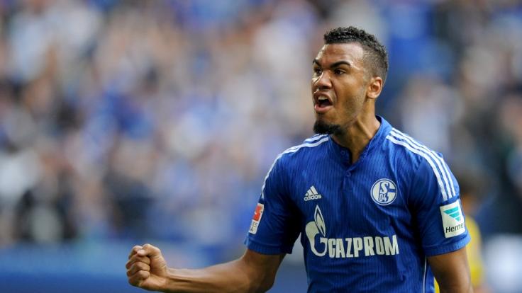 Gewährte unfreiwillig intime Einblicke: Schalke-Star Choupo-Moting.