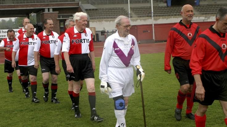 Sehen so die Spieler des FC Opa aus? (Symbolbild) (Foto)