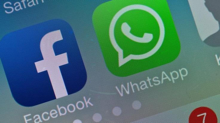 Das aktuelle Update für WhatsApp für Android und iOS erlaubt es, Fotos wie bei Snapchat mit Emojis und Filtern zu verschönern. (Foto)