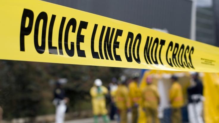 Im walisischen Cardiff ist ein 54-Jähriger beinahe bei einer Prügelattacke getötet worden - beteiligt war eine erst 16 Jahre alte Jugendliche (Symbolbild). (Foto)