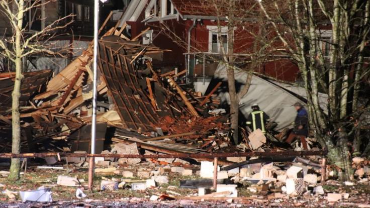 In Kaufbeuren wurde ein Vereinsheim bei einer Explosion komplett zerstört. (Foto)