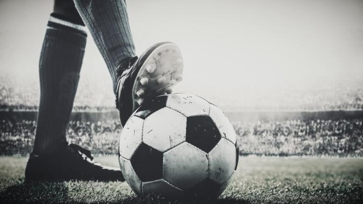 Fußballer Tony Dunne ist im Alter von 78 Jahren gestorben. (Foto)