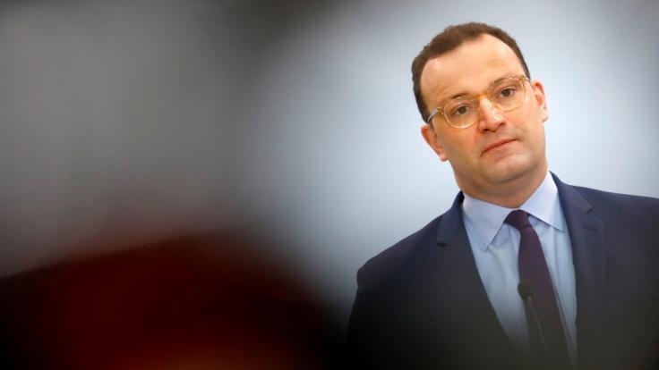 Gesundheitsminister Spahn hat verlängerte Lockdown-Maßnahmen angekündigt. (Foto)