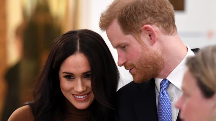 Prinz Harry lässt seine schwangere Ehefrau Meghan Markle bis zur Geburt des zweiten Kindes nicht mehr aus den Augen.